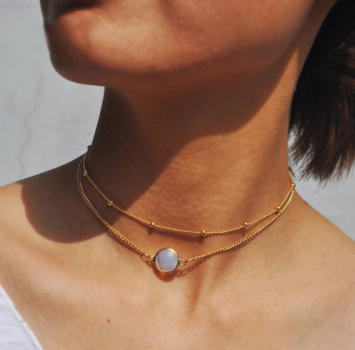 "2 fold necklace ""gold"" with pretty little bright gemstone"