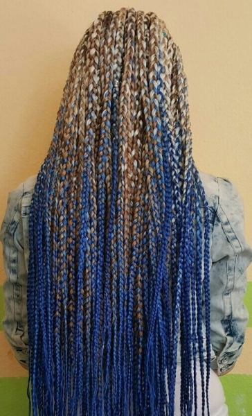 Hairstyle with blond blue braids